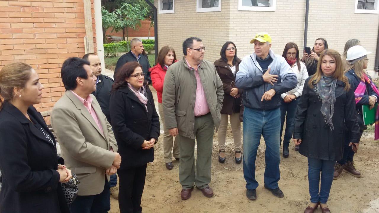 Visita del Ministro Dr. Raúl Aguilera