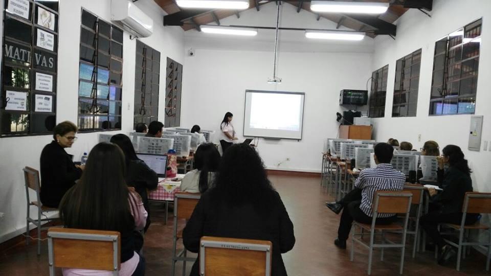 Reunión del Comité de Autoevaluación con docentes