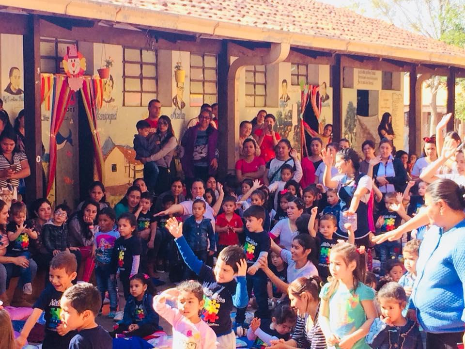 Festejando el Día del Niño en Mitä Róga